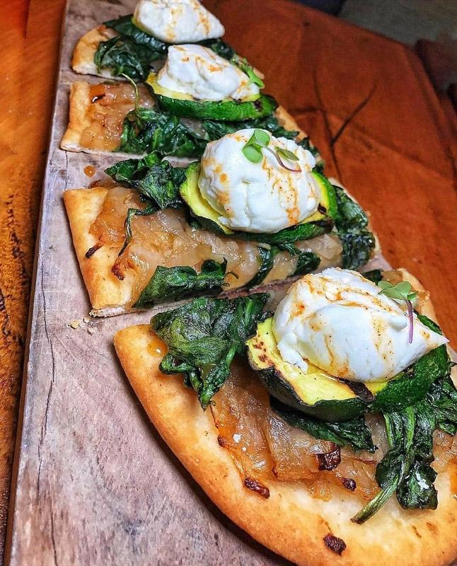 sliced pizza bread image