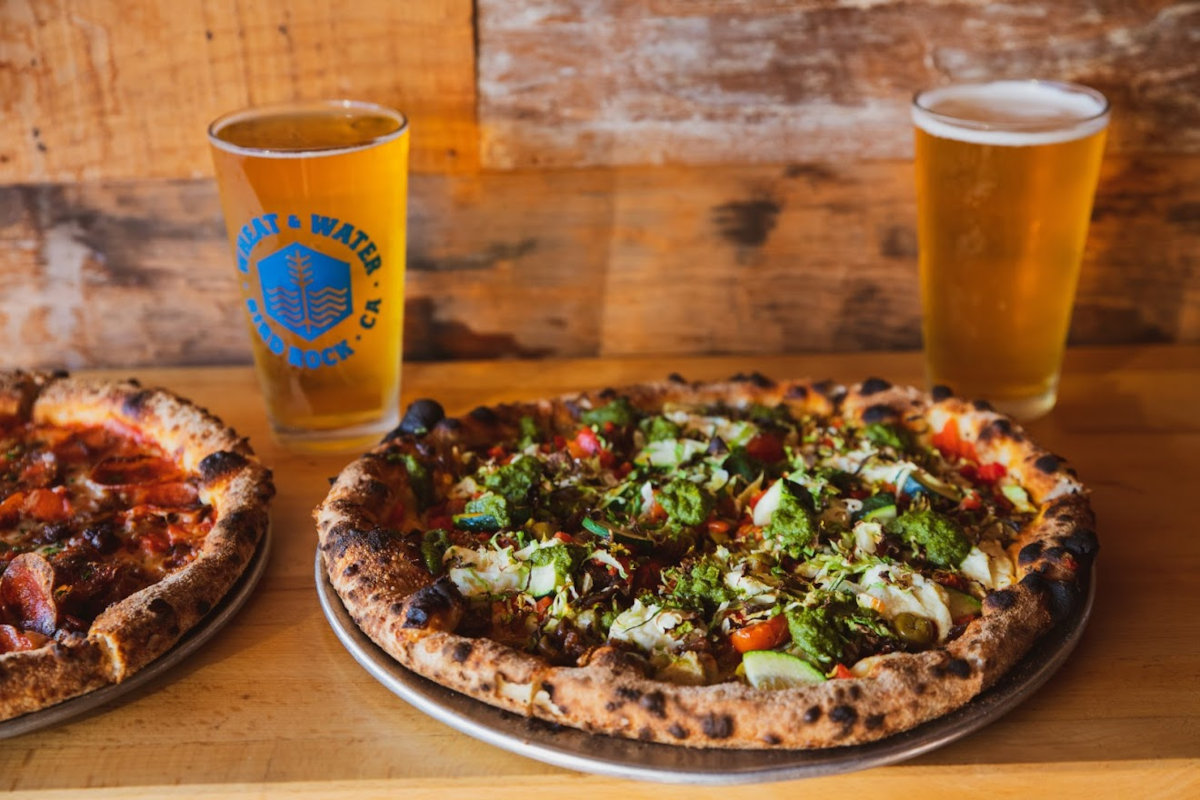 Two types of pizza and two types of beer