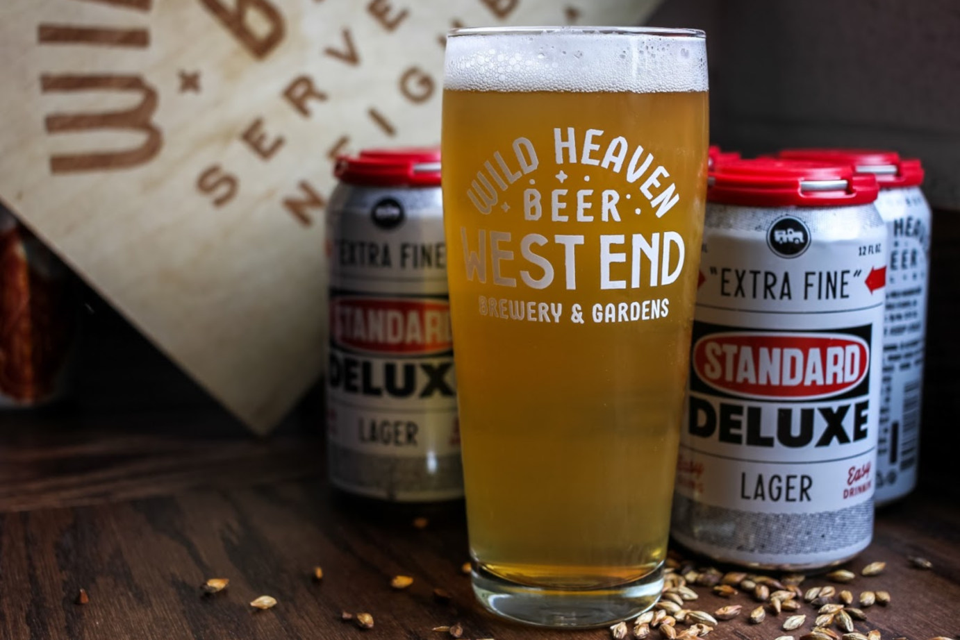 Standard deluxe lager glass and can